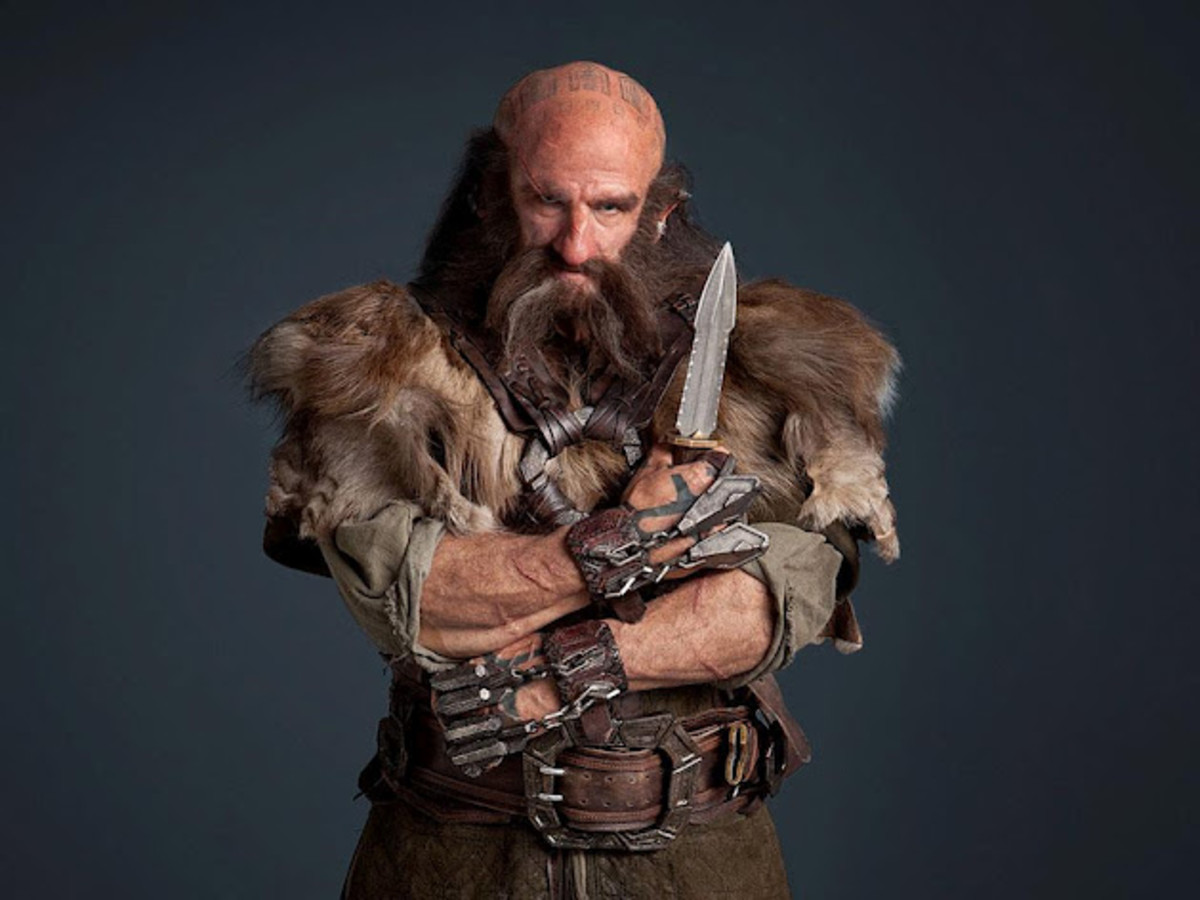 Dwalin in his armed glory.