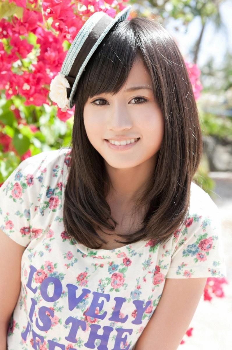 former-akb48-member-atsuko-maeda-attends-producer-yasushi-akimotos-57th-birthday-party