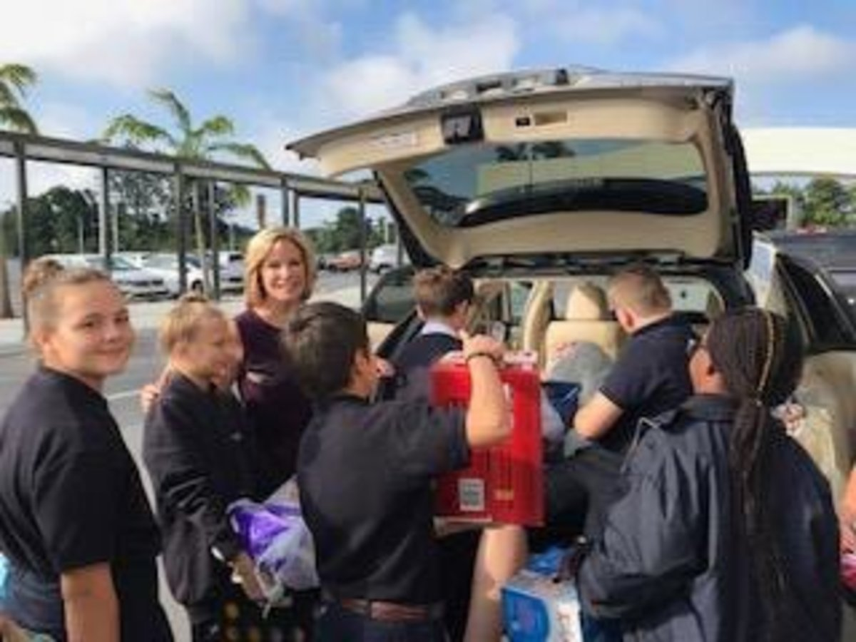 6th graders at our Pembroke Pines (6-12) campus made a difference in the lives of mothers struggling with young children by donating diapers and wipes to The Susan B. Anthony Recovery Center. Kristi Kruger from Channel 10 and her daughter sponsored.
