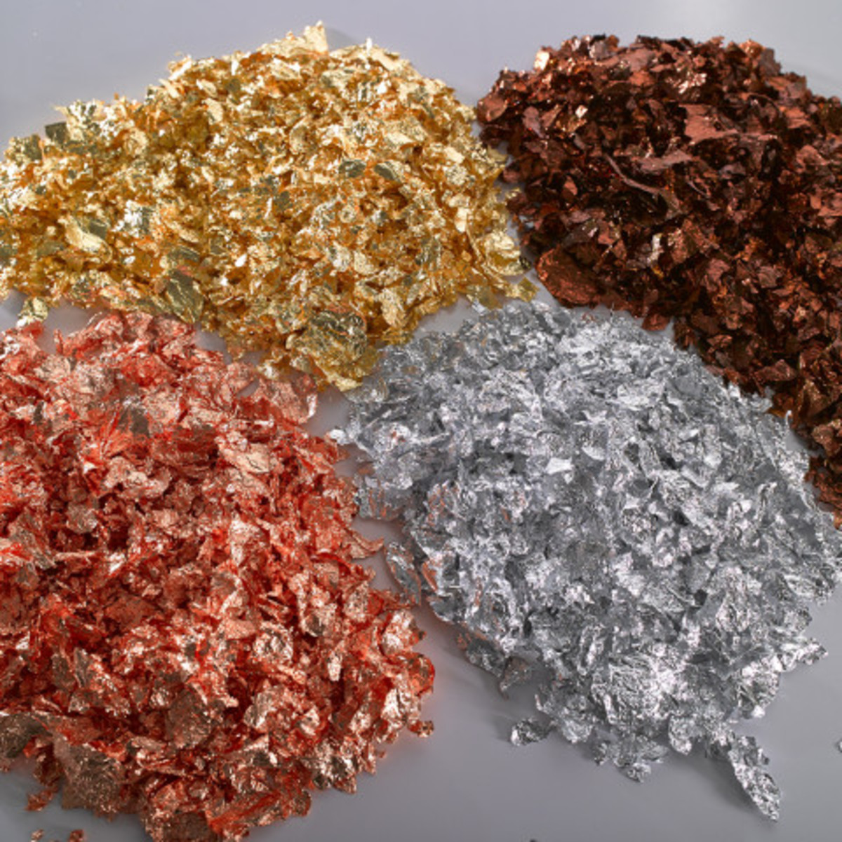 Gilding flakes come in several single colors or premixed combinations