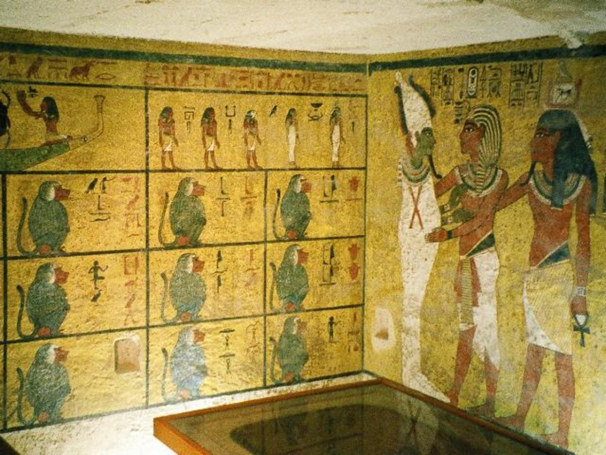 Walls of the burial chamber of Tutankhamun.