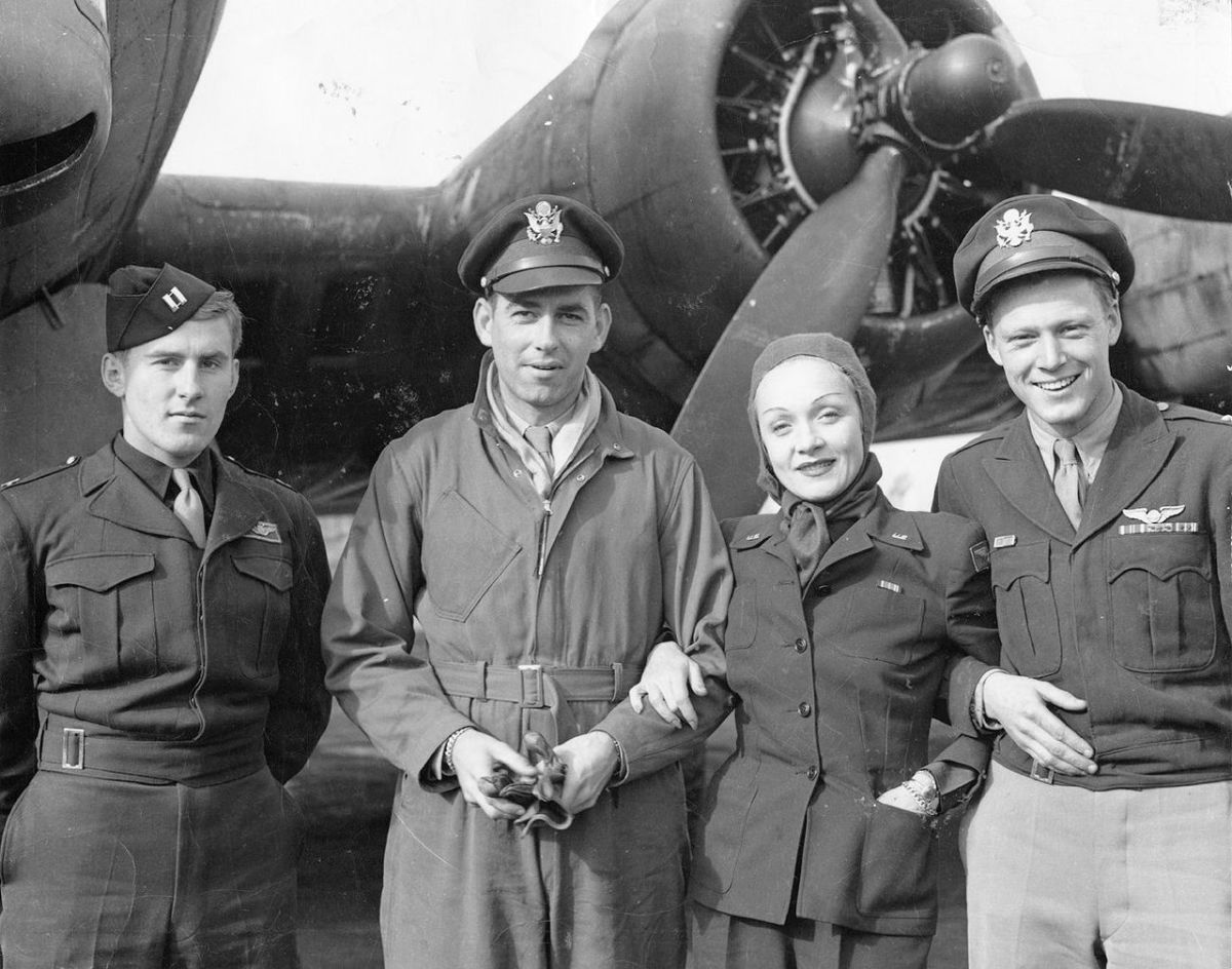 Dietrich with airmen of the 401st Bomb Group in England September 1944.