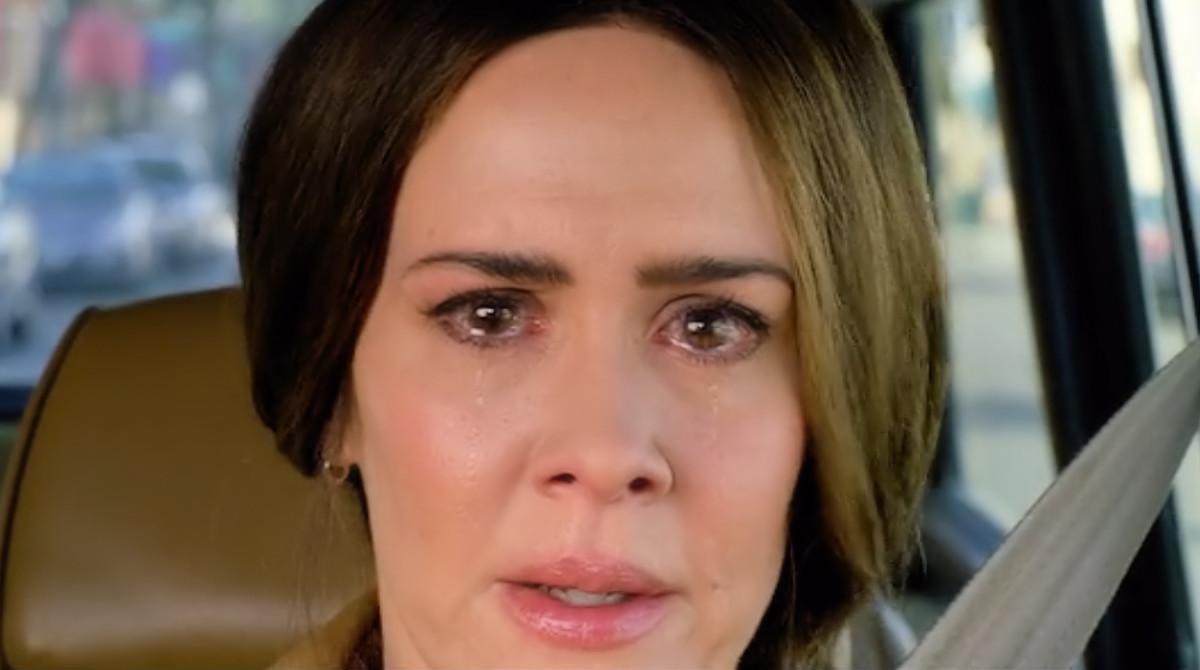 Sarah Paulson as Jessica sees the creatures in 'Bird Box' (2018), a Netflix Original.