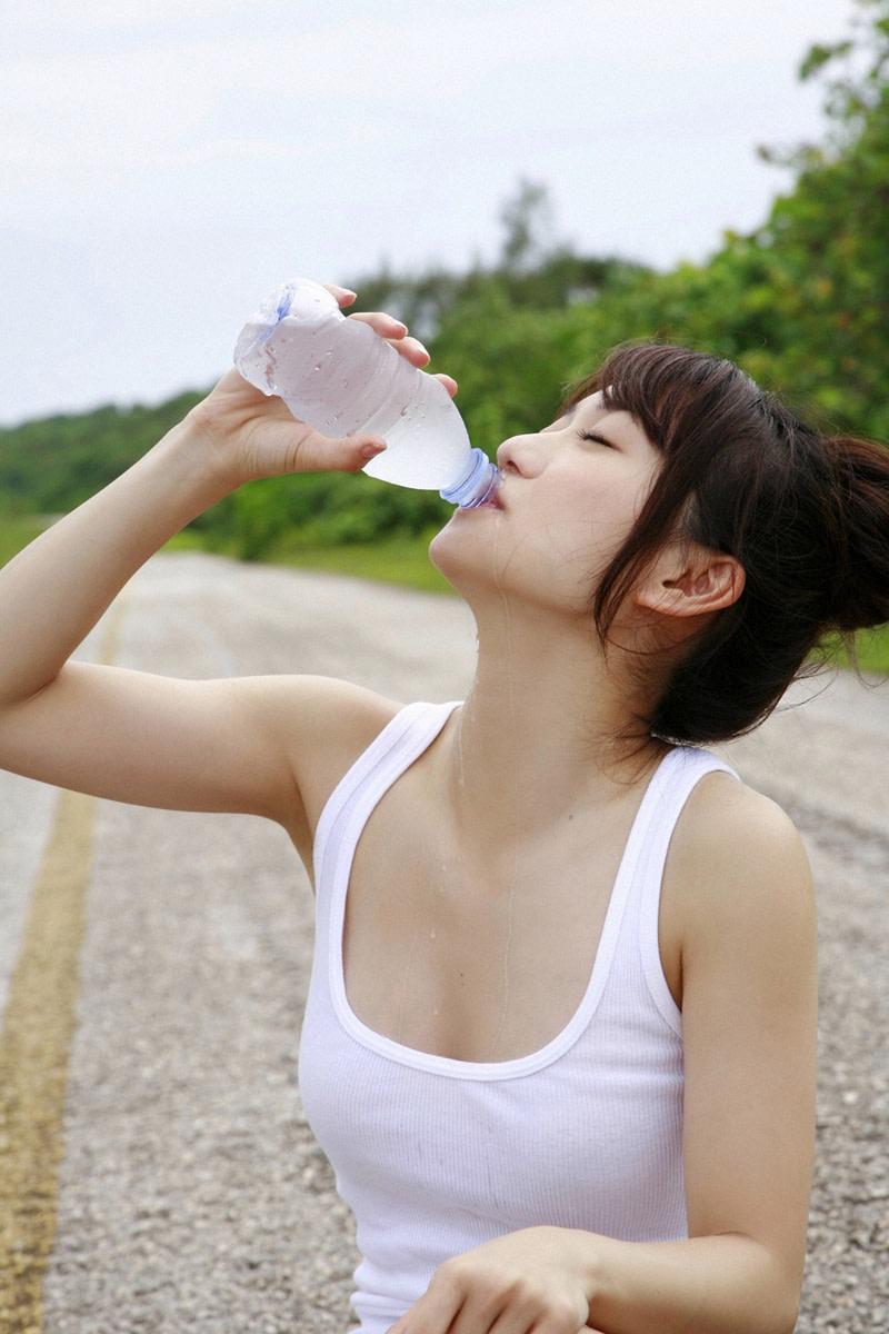 Yuko Oshima drinking water.