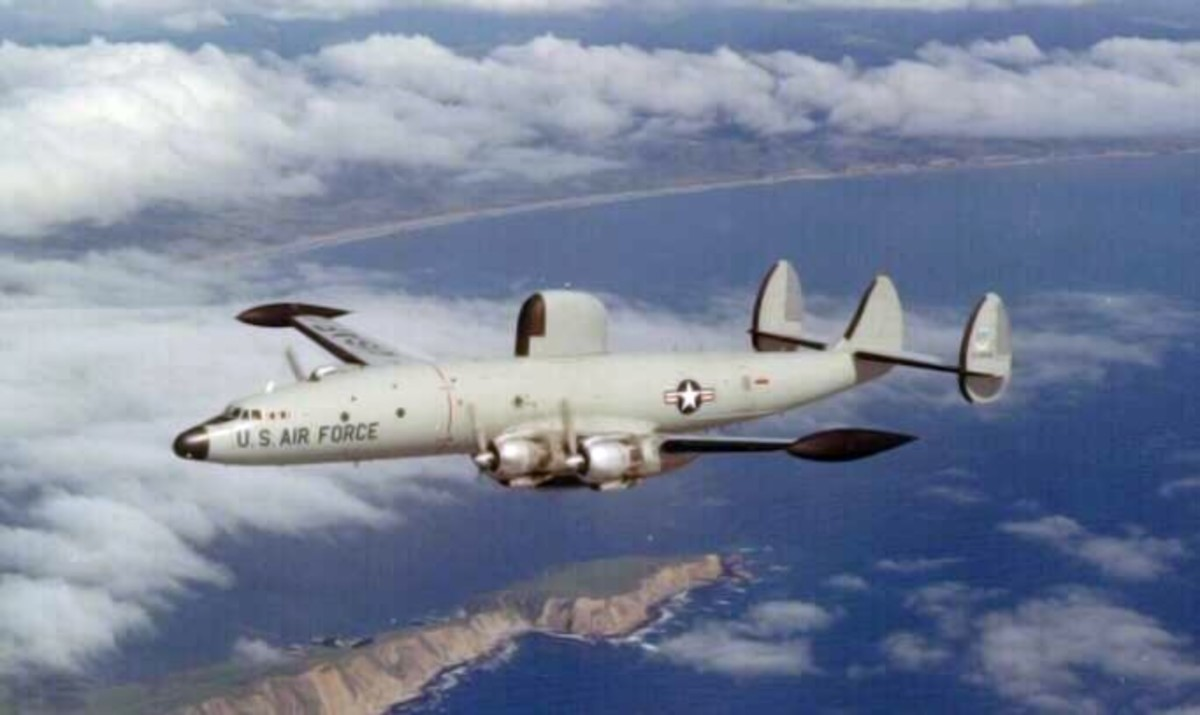 A USAF EC-121