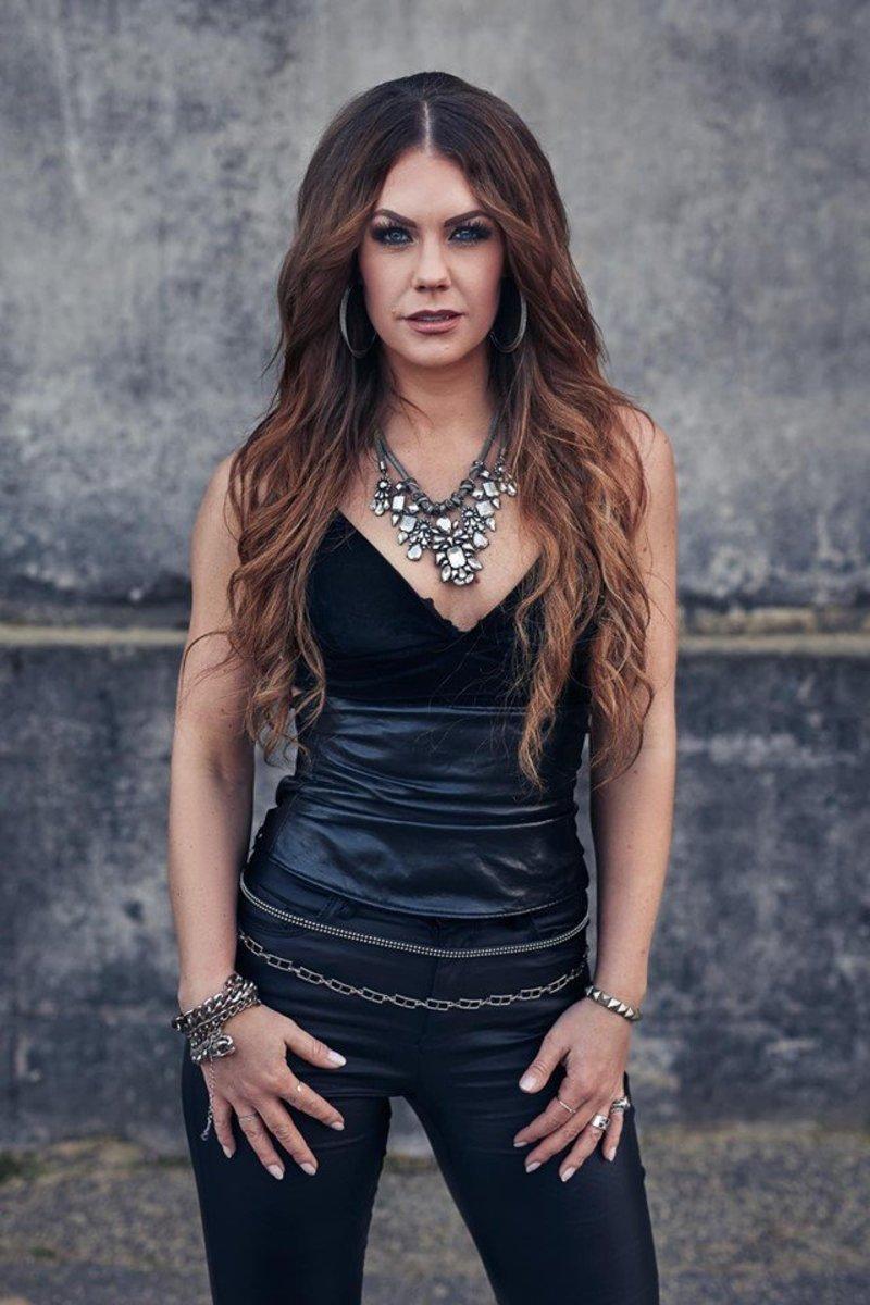 Metalte vocalist Erica Ohlsson