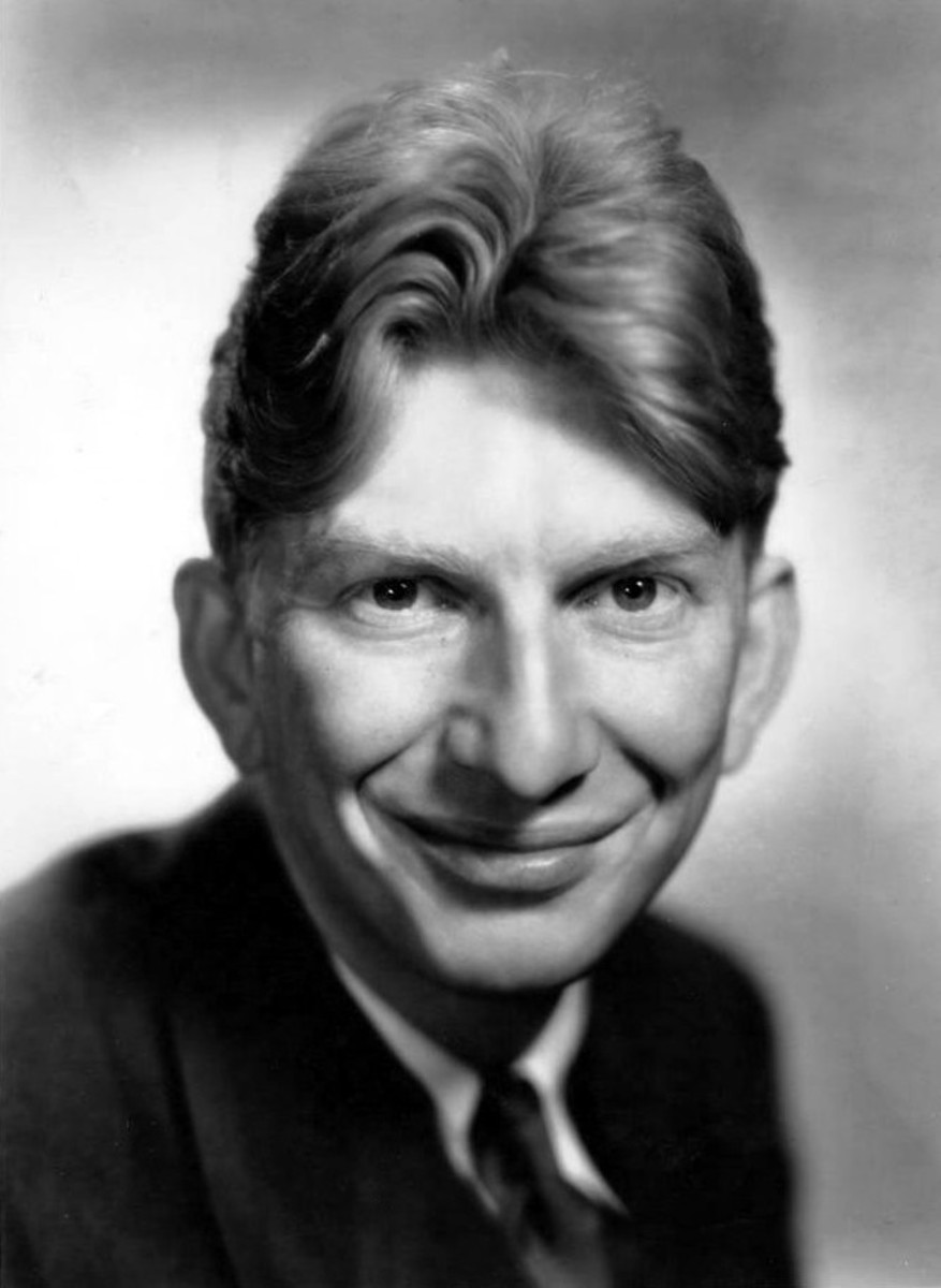 Sterling Holloway starred as Bert Miller on the Andy Griffith Show He hated them ringing doorbells.