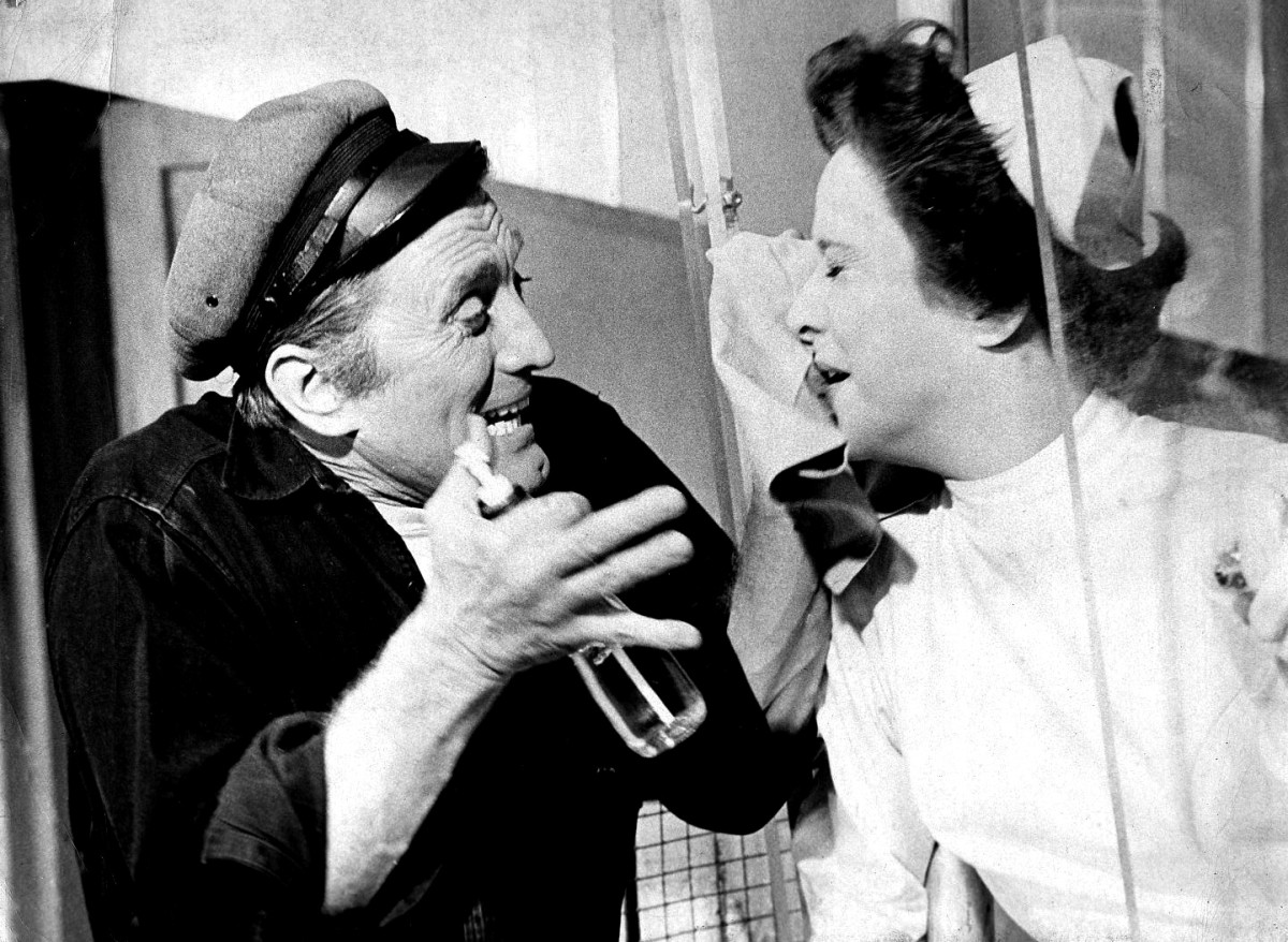 Kirk Douglas and Joan Tetzel starring in the 1963 Broadway production of (One Flew Over The Cuckoo's Nest) Written by Dale Wasserman