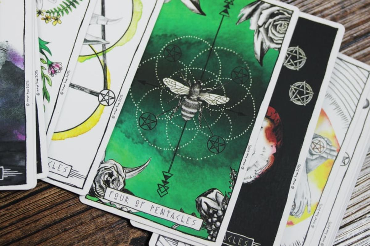 8-things-you-believed-about-tarot-cards-that-arent-actually-true