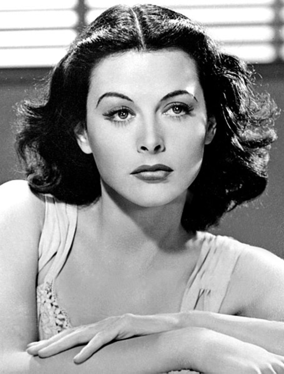 Publicity photo of Hedy Lamarr for the film 'Comrade X'