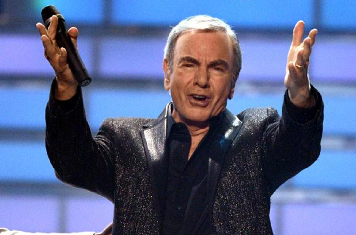 Neil Diamond - Singer & Songwriter