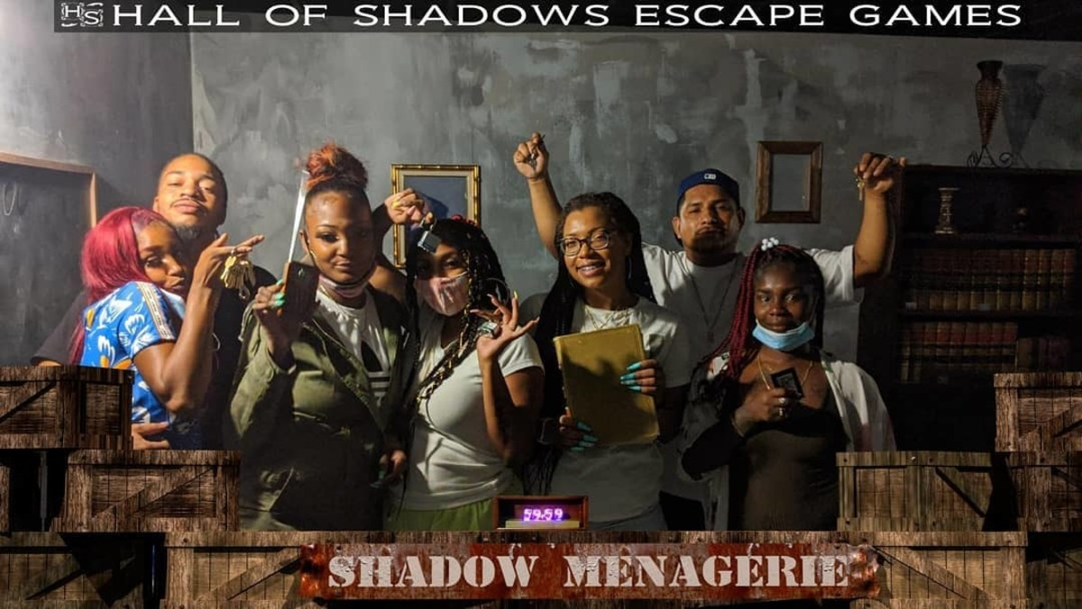 The Harris Gang made their first ever escape room attempt inside the SHADOW MENAGERIE. Sadly, they paid with their lives. #hallofshadows #escaperooms #shadowmeagerie #thingstodo