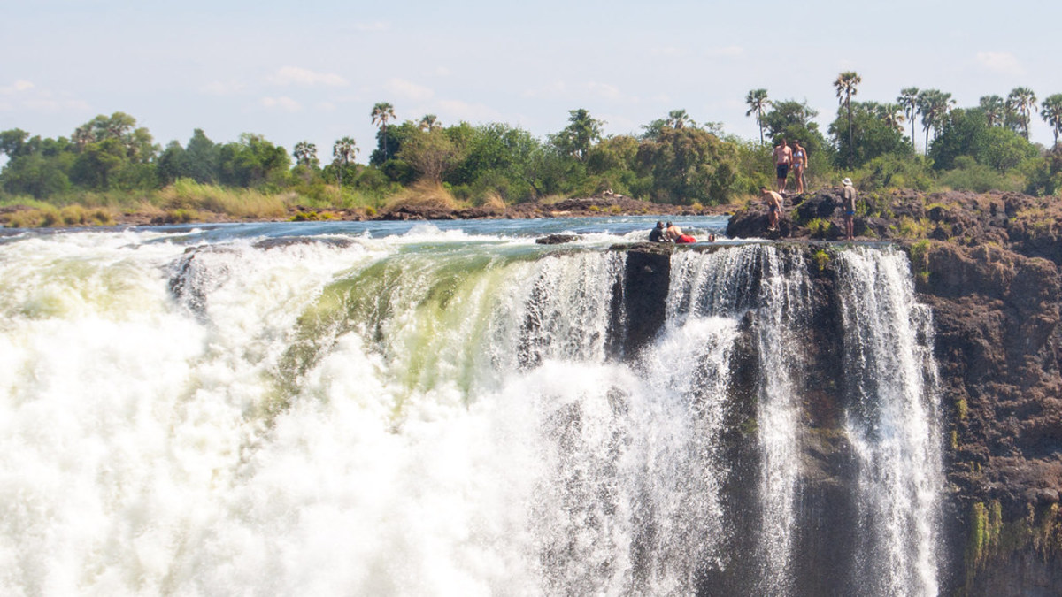 A Thrill Seeker's Guide to Victoria Falls, Zimbabwe.