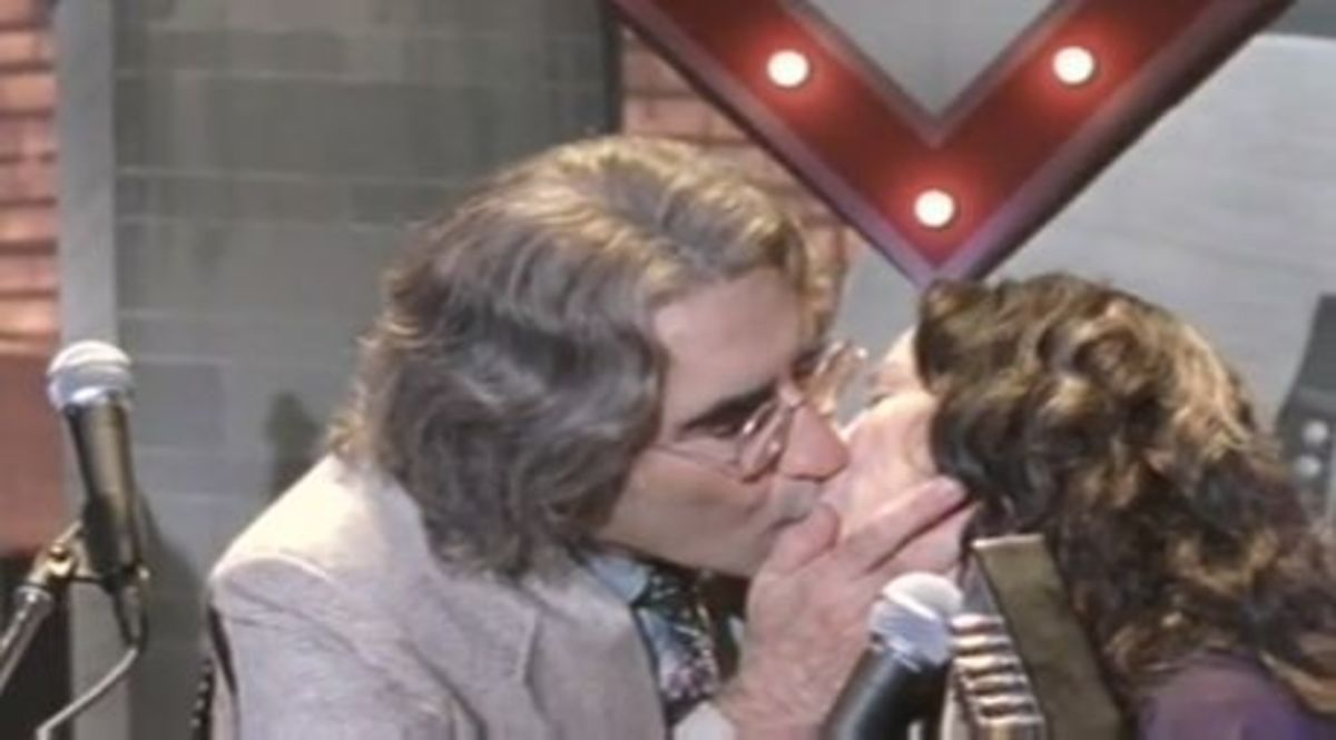 A Mighty Wind Kiss With Eugene Levy and Catherine O'Hara as Mitch and Mickey