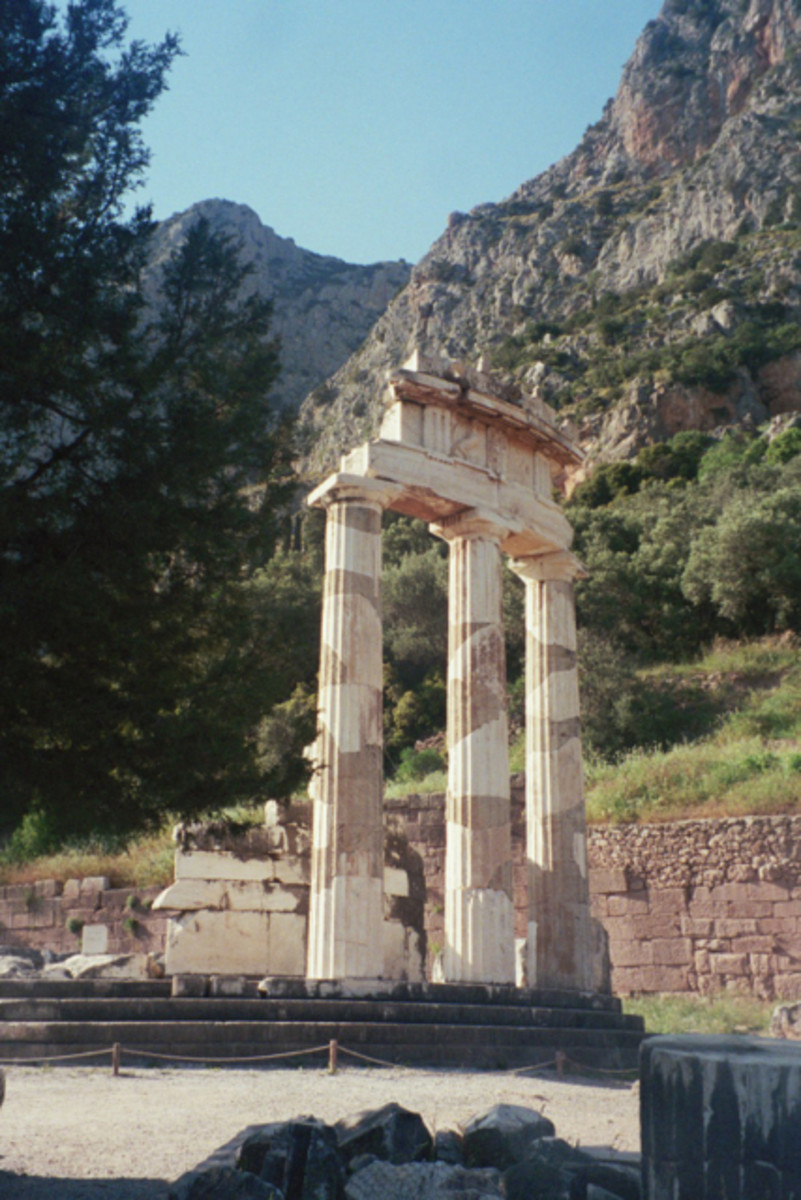 Ancient Greece Odyssey: Temple of Apollo at Delphi