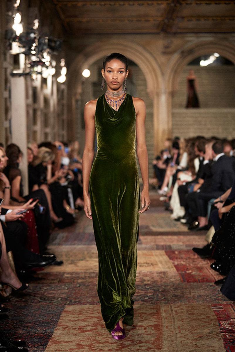 Women's Formal Wear Trends