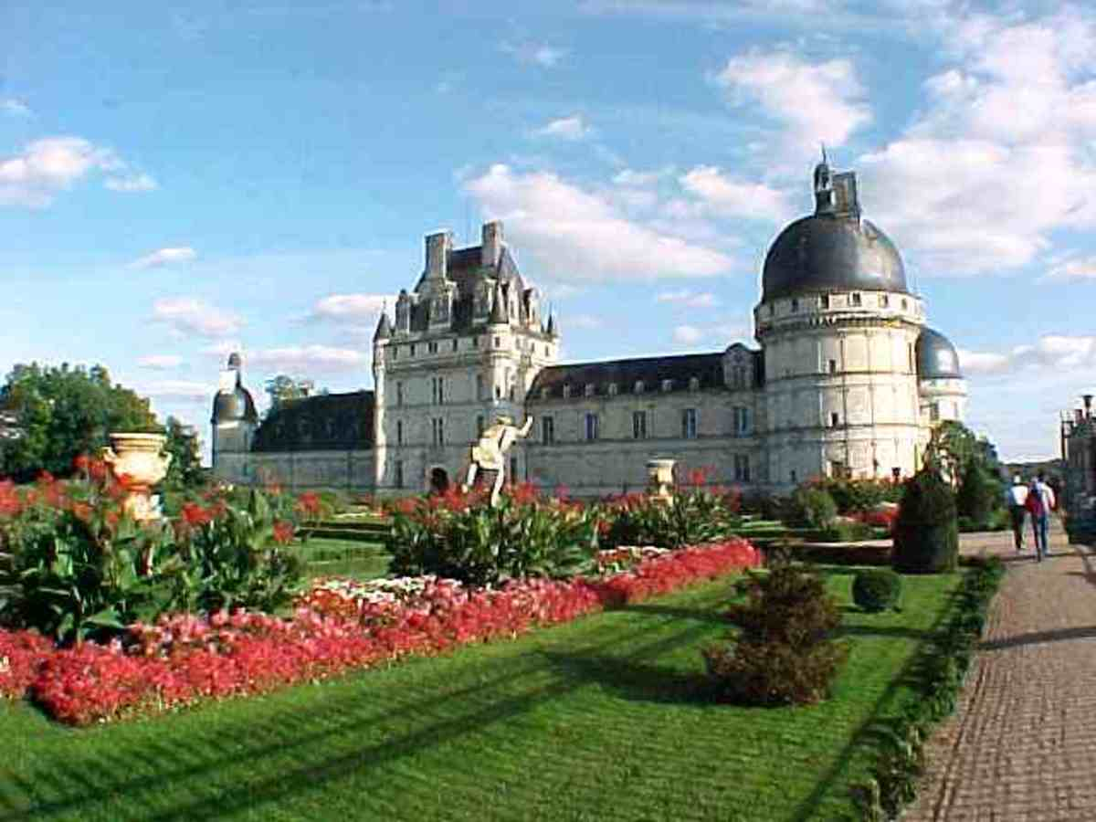 french-castles-valencay