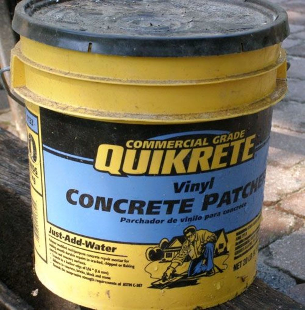 All you need to make garden crafts from lightweight concrete