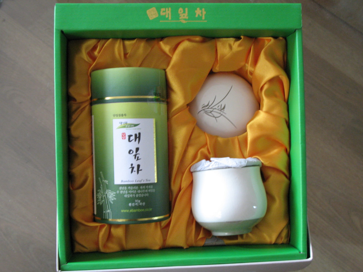 Bamboo Leaf's Tea Set from S. Korea