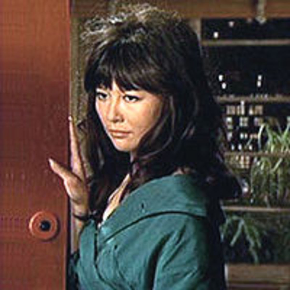 Tsai Chin as Ling