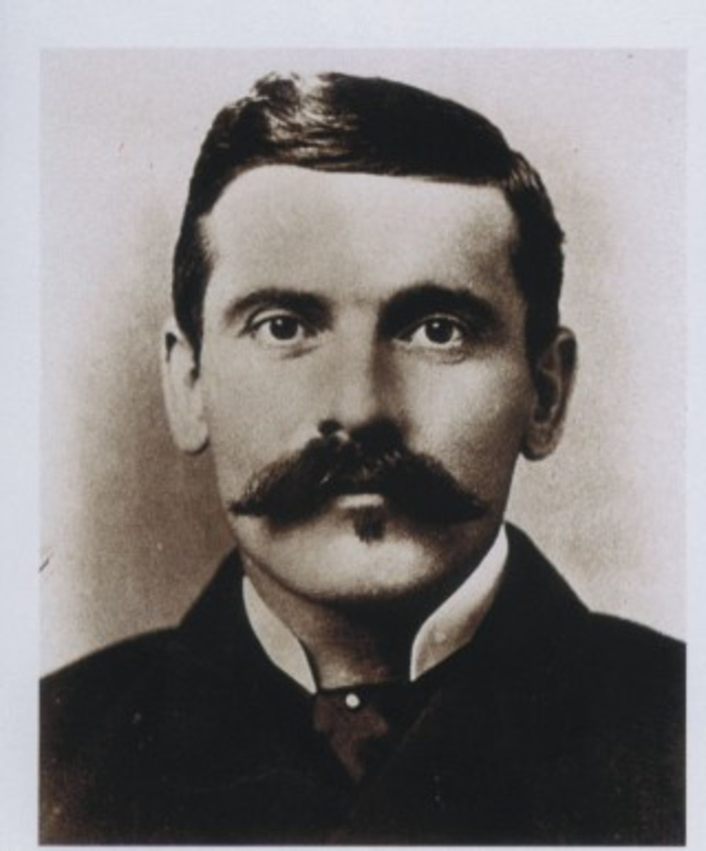A real photo of Doc Holiday. Does his ghost still haunt Tombstone Arizona.