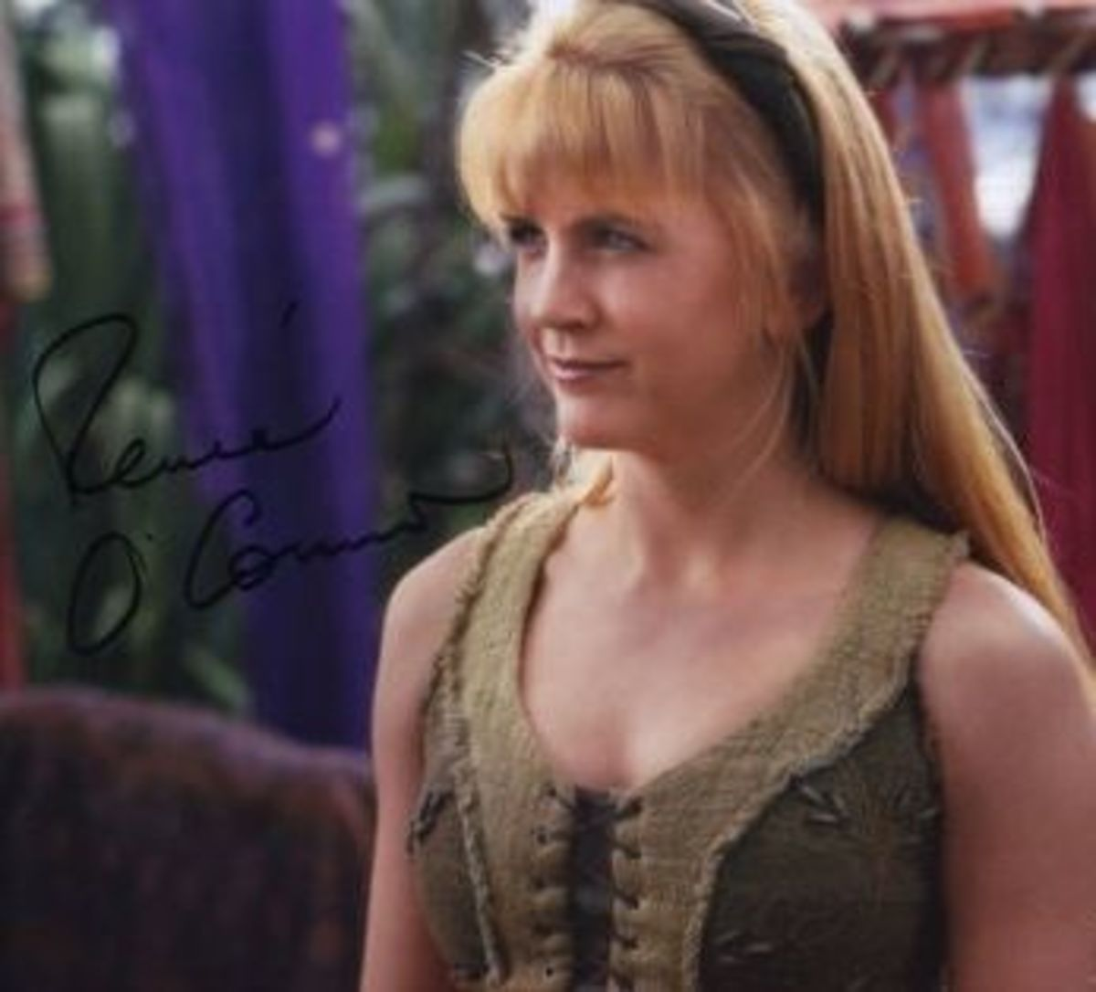 Renee O'Connor Autograph from Personal Collection. Buy official photos from Creation