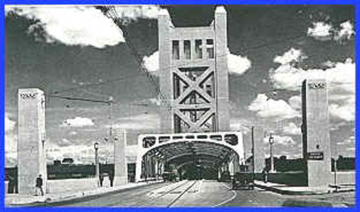 The Tower Bridge Stands As An Important Part of Sacramento's Past