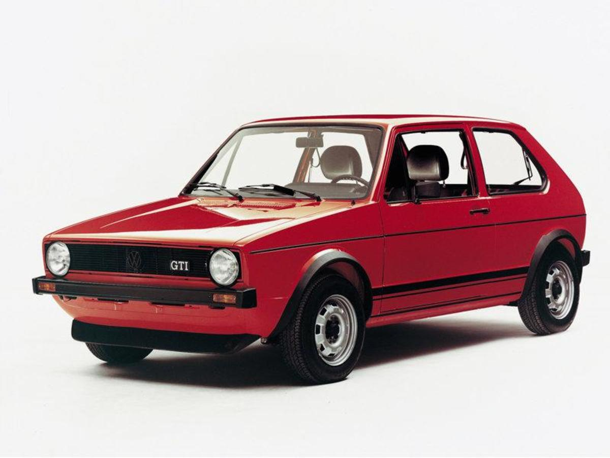 3. Volkswagen Golf:(1974- ) - 25,000,000+
