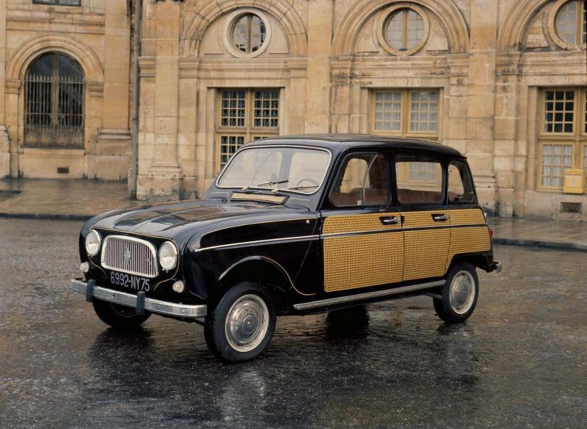 23. Renault 4: (1961-1992) - 8,150,000