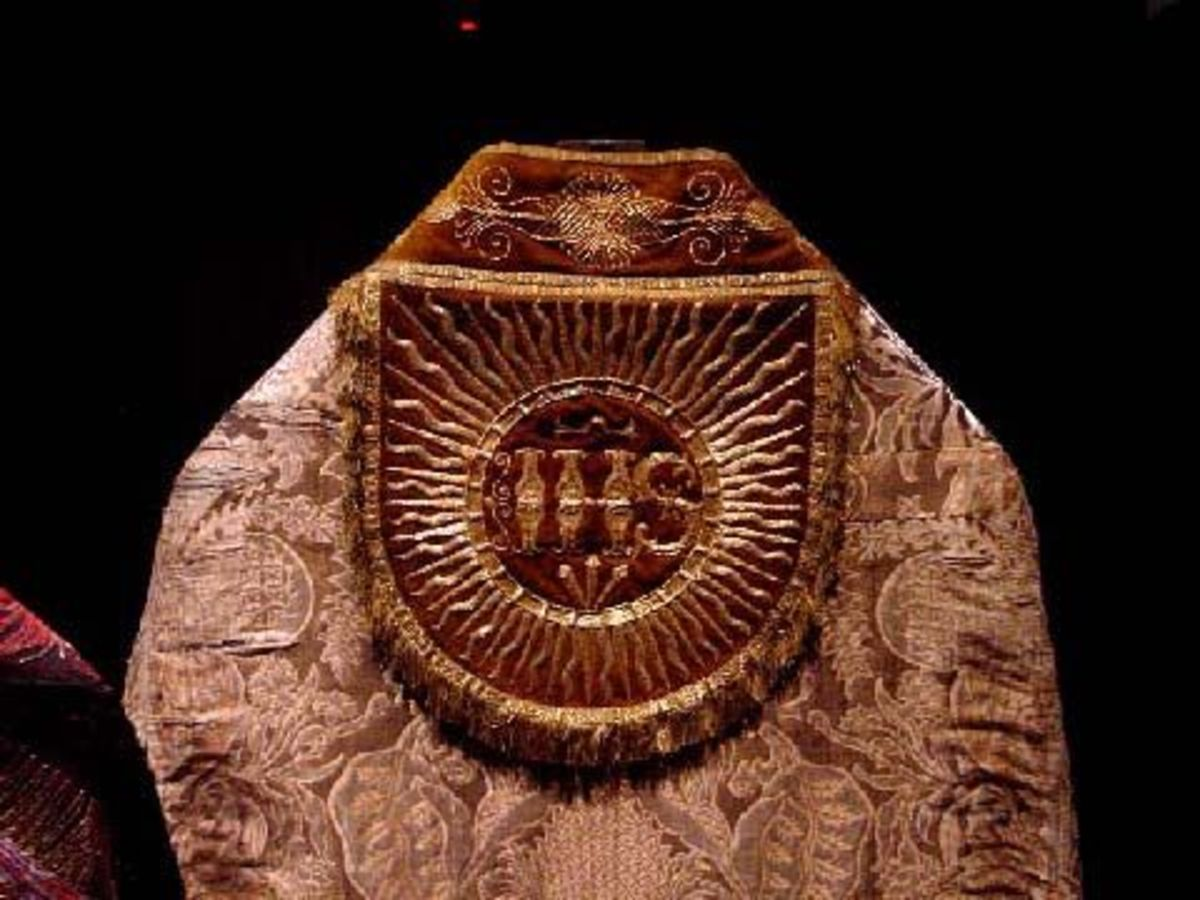 Embroidered vestments  is St Paul's Cathedral                                      IHS