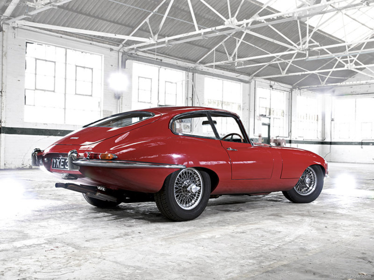 1971 Jaguar E-Type = 4th