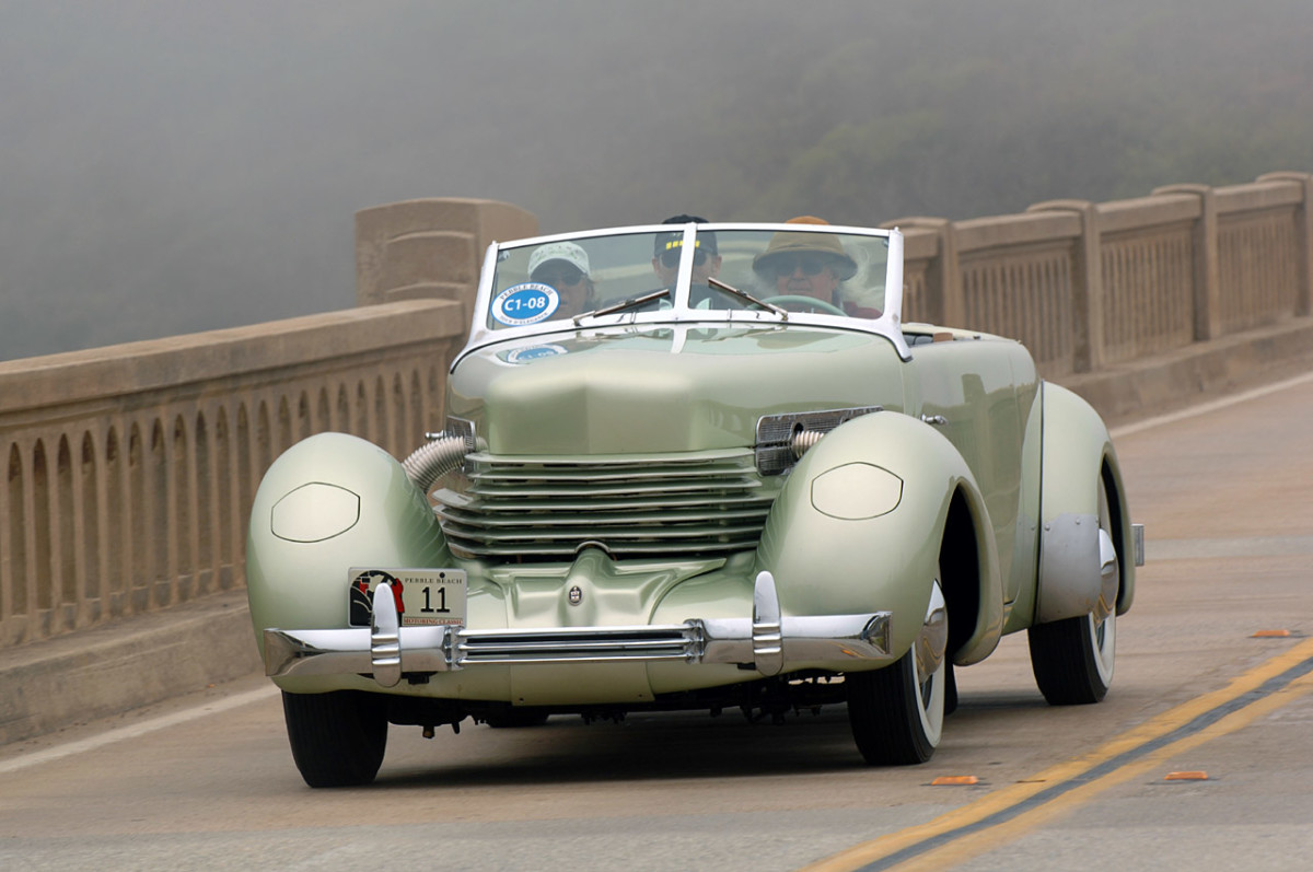 1937 Cord 810/812 = 4th