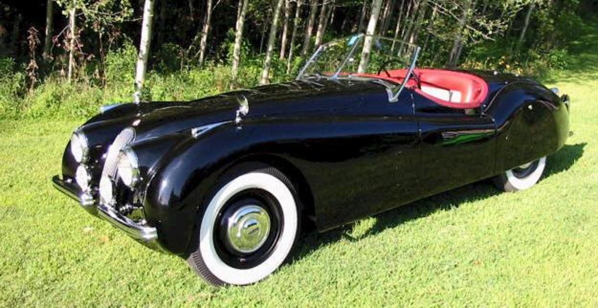 1952 Jaguar XK120 = 2nd