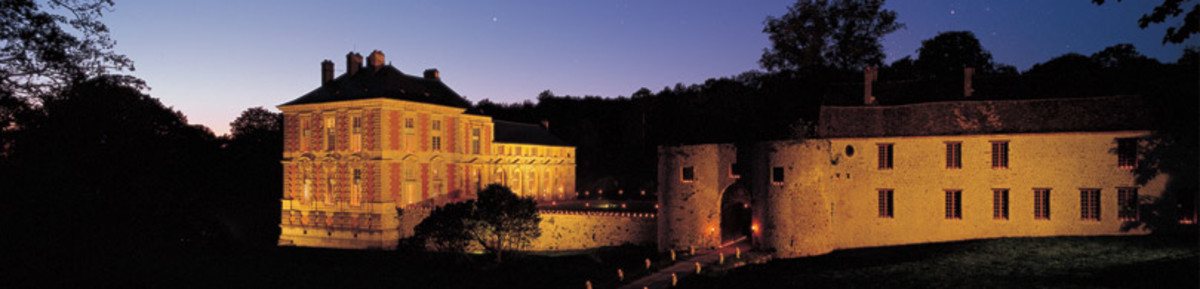 The entire Renaissance Château for you alone, for one or two nights Euros 9,568 !!! (€ 8,000 excl. VAT)
