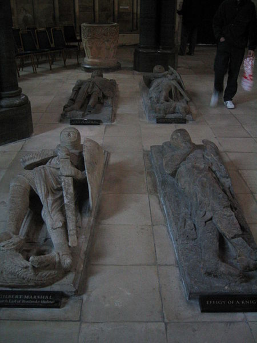 Effigies in stone of Knights Templar inside the Temple Church