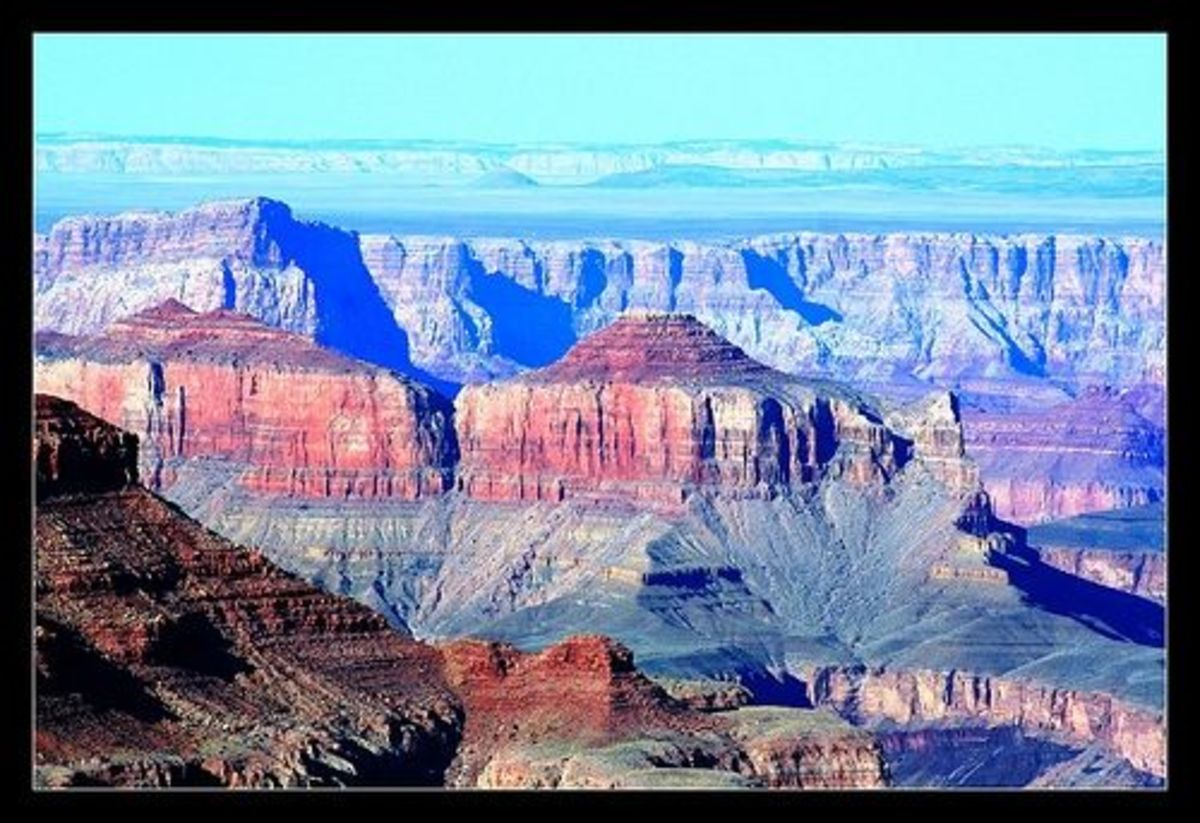 Colors of the Grand Canyon © by Photographer Linda Hoxie