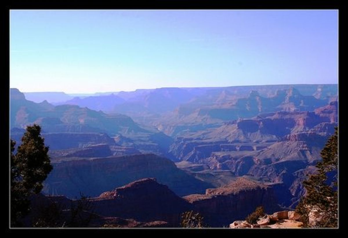 Purple mountains majesty at the Grand Canyon © by Photographer Linda Hoxie