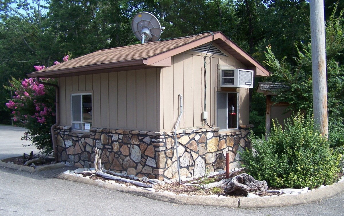One of the gate house on Norfork Lake