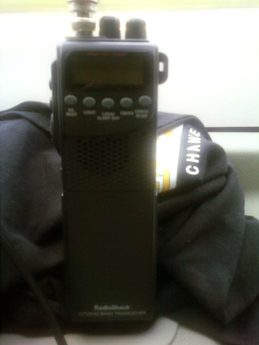 RadioShack Handheld CB Radio with Weather Alert