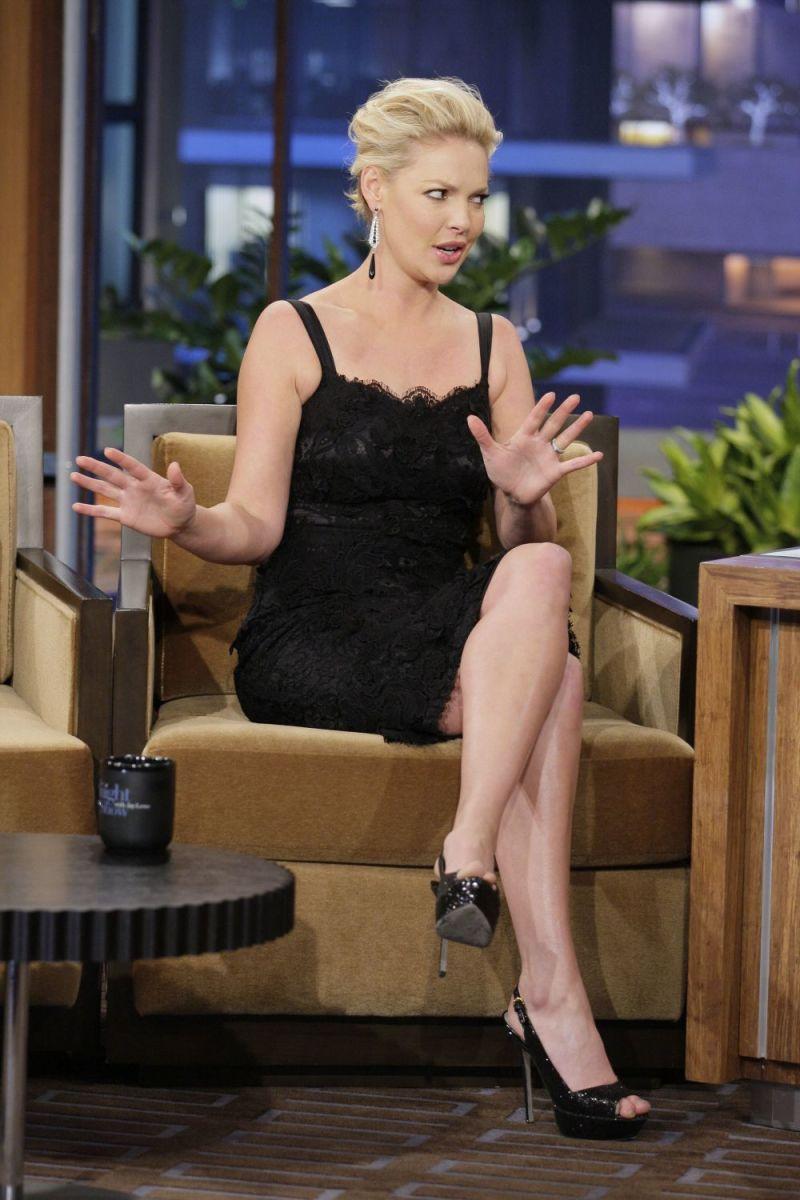 Katherine Heigl rocking a pretty little black dress and high heels on Leno