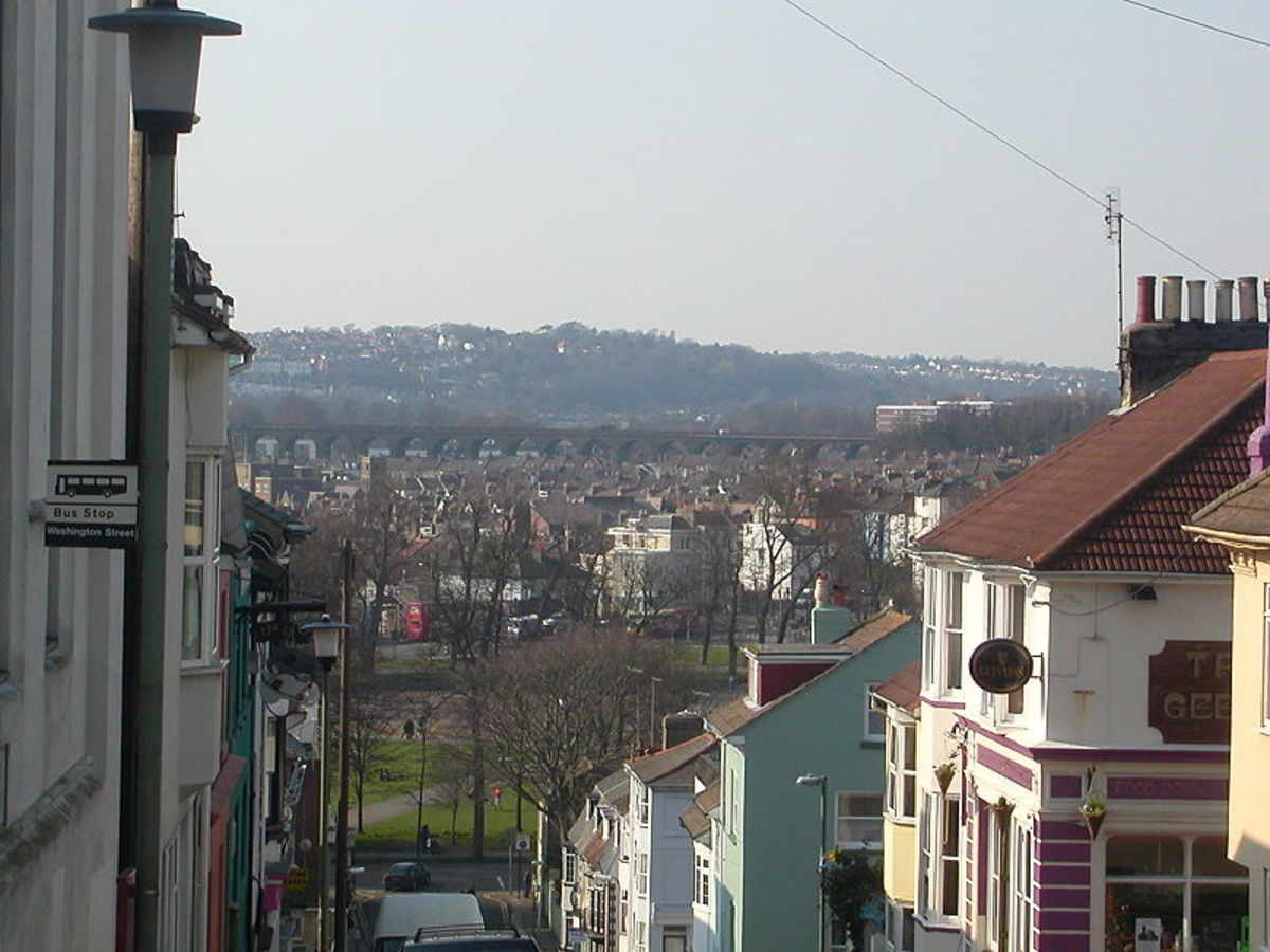The view from the steep streets of Hanover. Hanover is a short walk from the city centre and is blessed with some of the best pubs in Brighton, some of which are well-known as both great eateries, and excellent live music venues