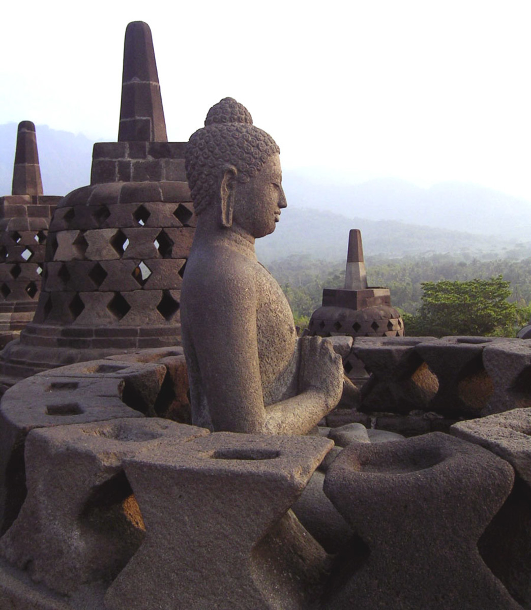Borobudur in Indonesia, No Wonder of the World?