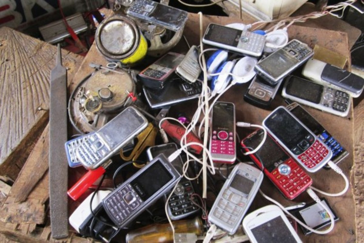 As mobile penetration skyrockets in Africa, individuals and groups promoting democracy are looking to capitalise on an opportunity for low cost communication with communities that were previously isolated. FrontlineSMS is a tool that helps to remove
