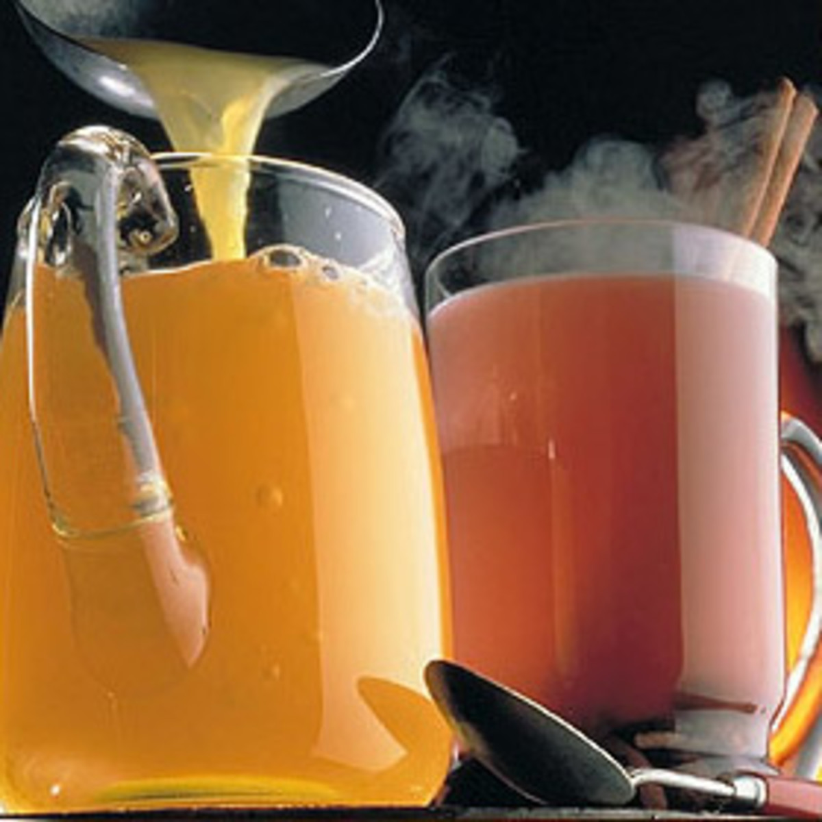 Hot apple cider, perfect in the fall