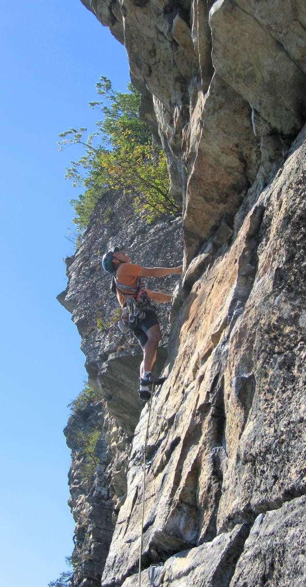 Shawangunk rock climbing. Courtesy of mountainproject.com