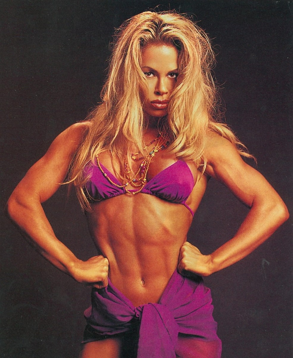 Amy Fadhli - Fitness Models