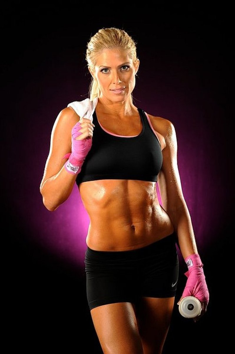 Former WWE Diva and fitness model, Torrie Wilson