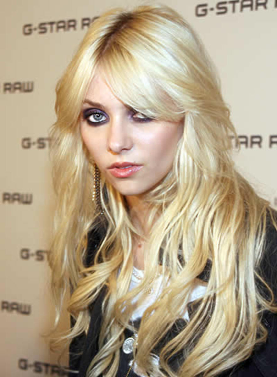 taylor momsen hairstyle for long hair