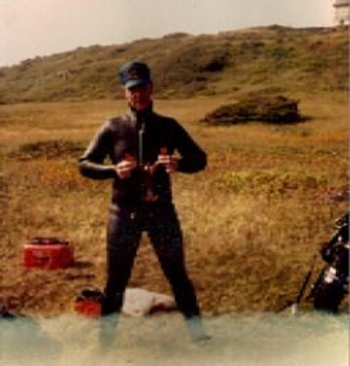 I can't remember this guys name but I believe he was a military diver and worked with Knobby at Shearwater