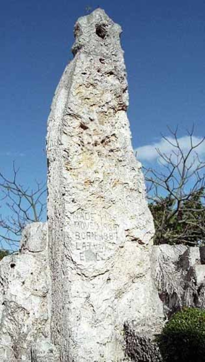 Leedskalnin was a student of the universe.  Much of the Coral Castle site is calibrated to celestial alignments. This 22-ton obelisk stretches 40 feet toward the sky.